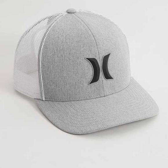 560b7eb3a12cd Hurley Other - Hurley Men s 3D Harbor Trucker Hat